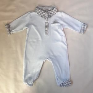 0-3 Month collared footie In great condition